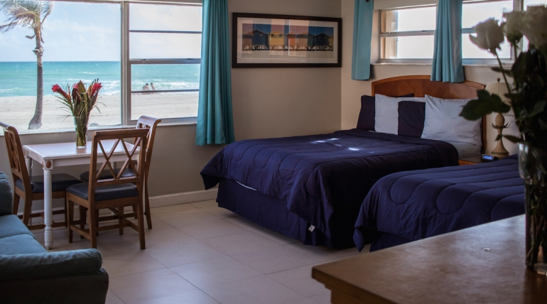 Oceanfront Double Queen with Sofa Bed